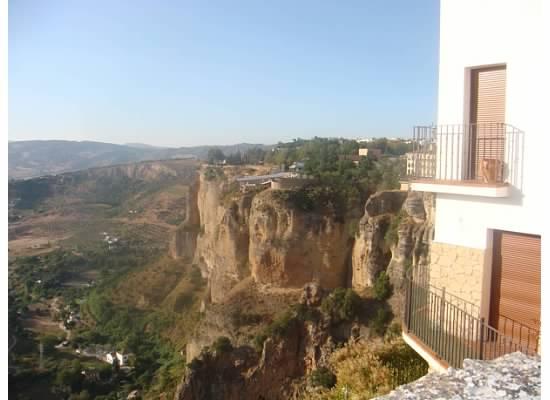 Cliffs Close Up LW