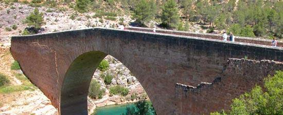 bridge-utiel-requena-wine-route