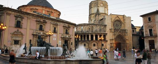 plaza-de-la-virgen-valencia