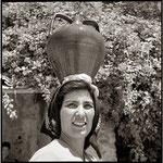woman-with-amphora-san-francesco