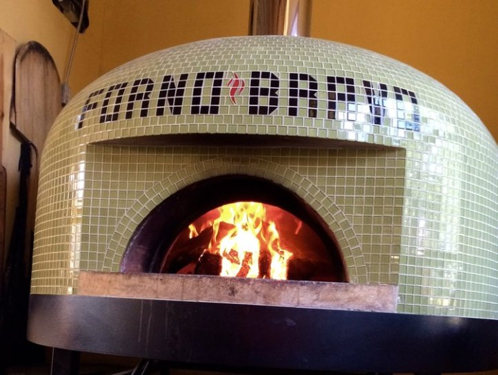 Left Coast Cellars Pizza Oven