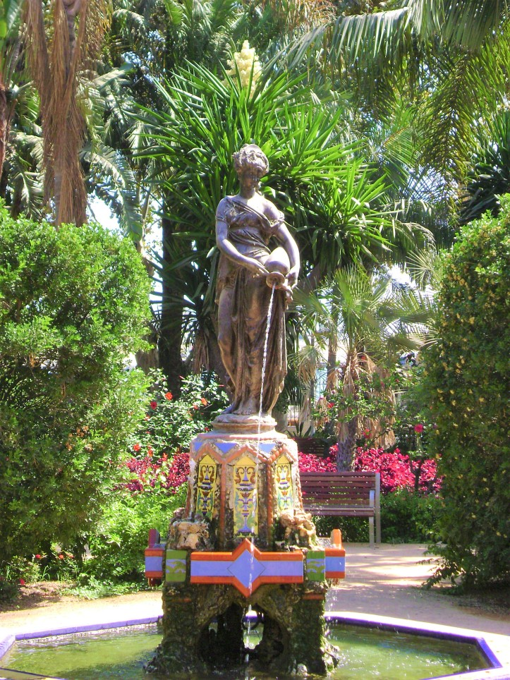 Malaga Fountain (2)