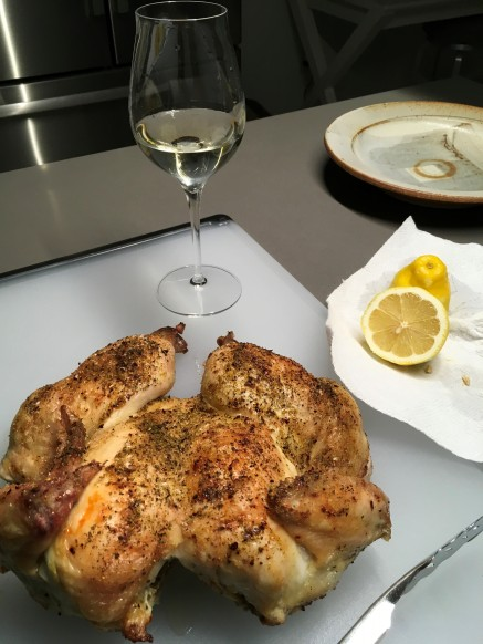 Glass of Paniza VC with Roast Chicken