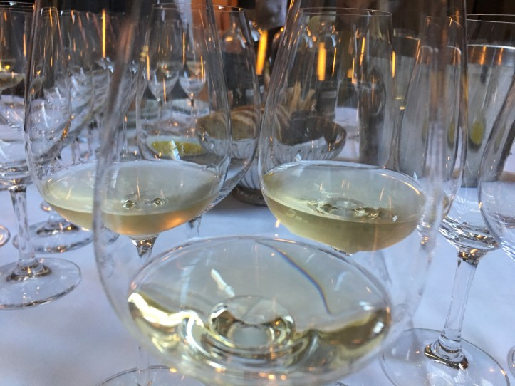 Looking into the White Wines