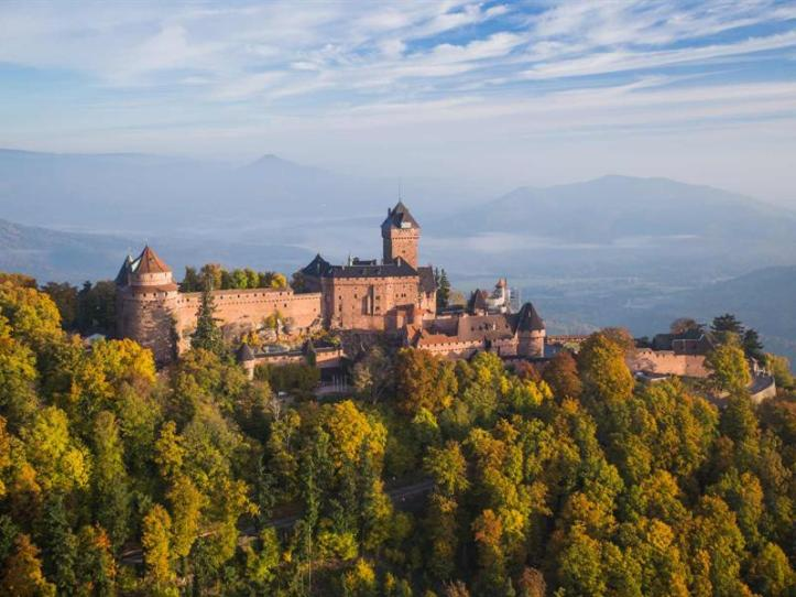 Haut Koenigsbourg Castle website
