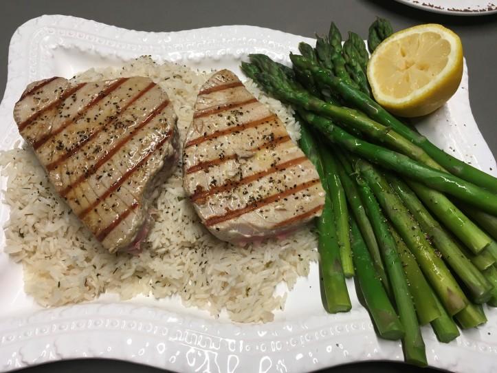 Seared Tuna and Asparagus